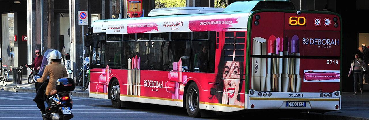 Pubblicità dinamica su autobus e taxi a roma e milano